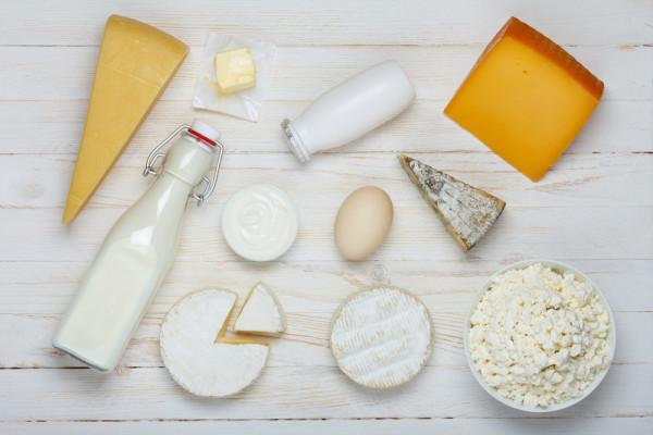 сыр-молоко