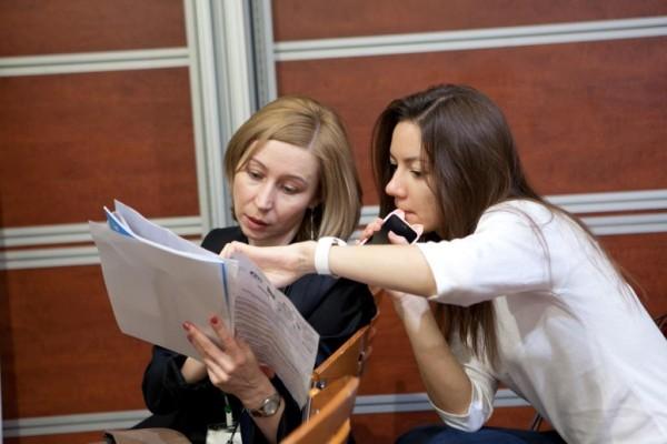 Светлана Копытина и ее коллега (СПЛАТ-Косметик)