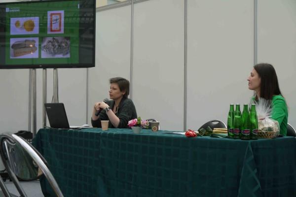 Слева направо: Елена Смирнова (экобюро Greens), Мария Науменко (Интербытхим/Интернатурворлд)