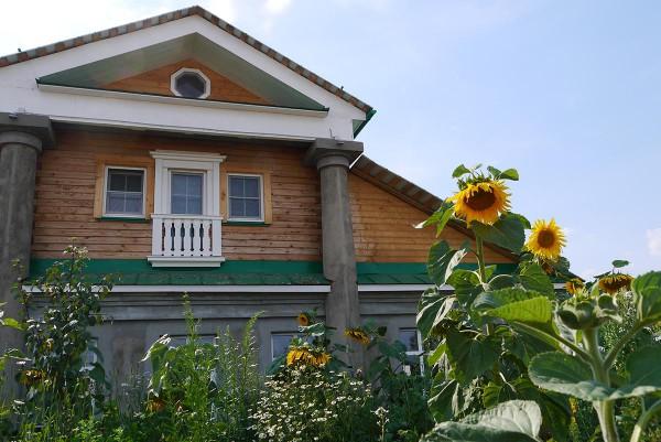 Основное здание усадьбы-гостиницы