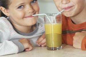 kids drink fresh juice orange