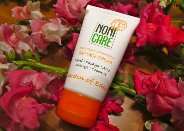 Noni care face cream
