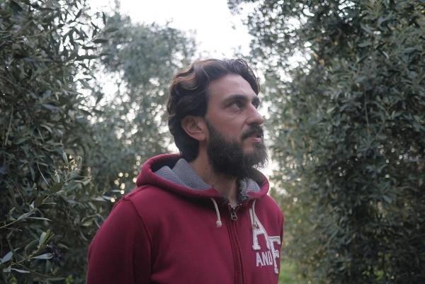 Вангелис Кусулос в своей оливковой роще