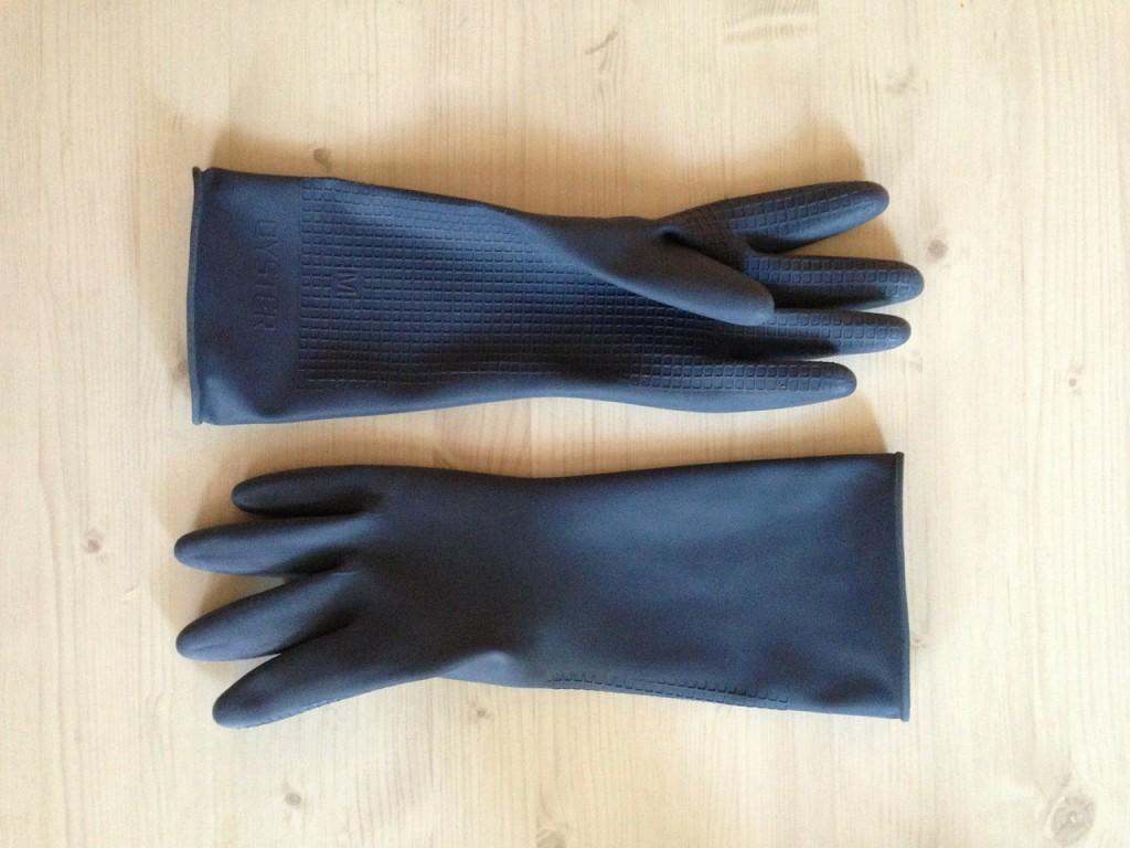 gloves-319838_1280