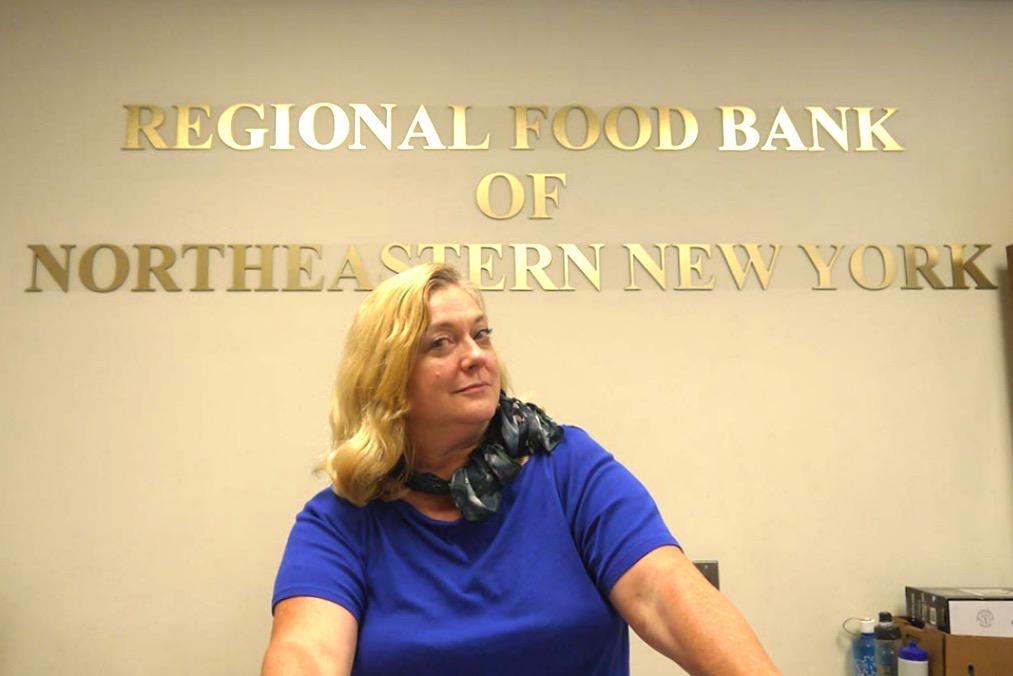 Кэтлин Саманюк-Хайес, сотрудница Regional Food Bank