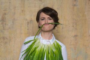 Natalia Guseva with green onion zeleniy luk lookbio photoshoot