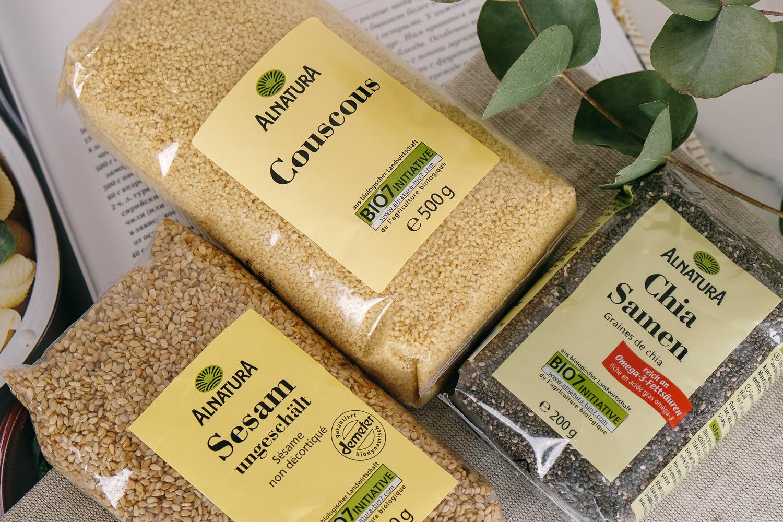 Trifonova organic food couscous chia sesam