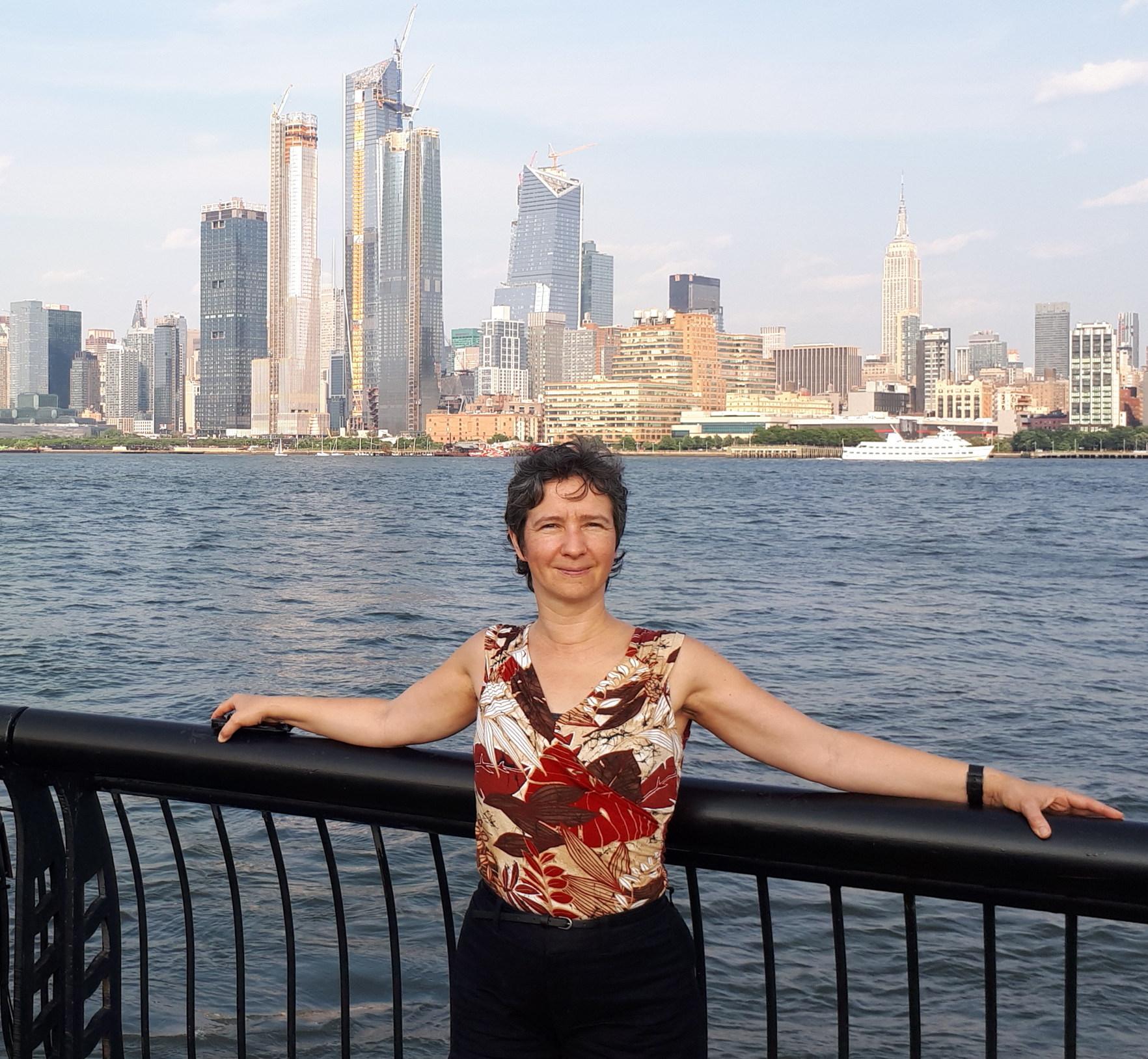Марина Вилкова, лицензированный специалист по холистической медицине, нутрициолог (MarinaVilkoff, Registered Holistic Nutritionist),