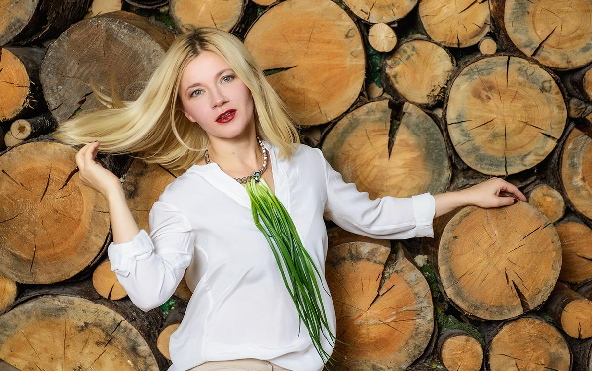 tatiana lebedeva lookbio