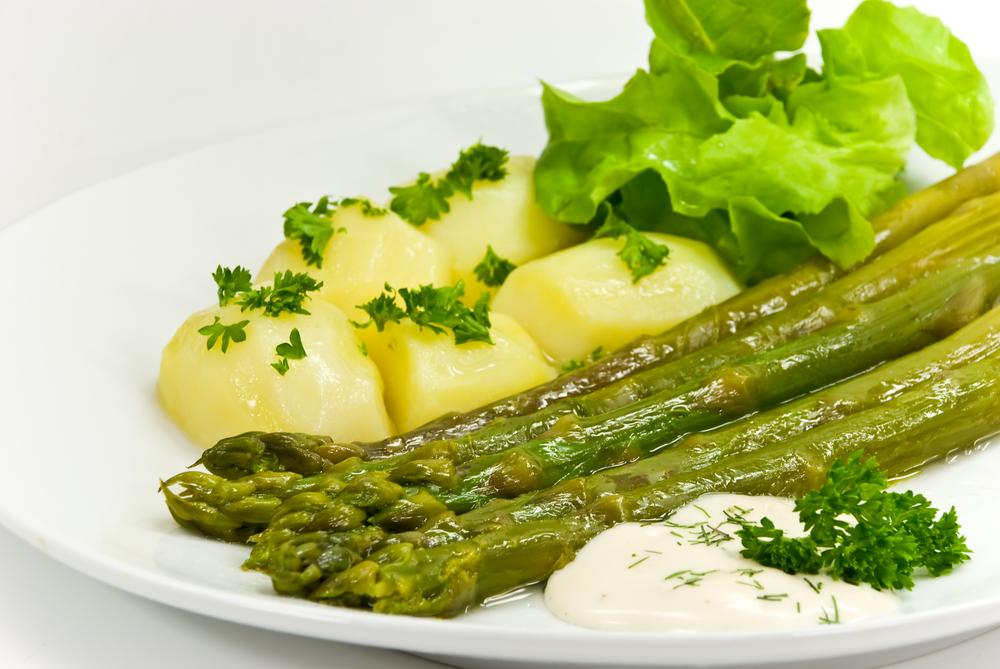 sparzha asparagus potato kartoshka salat beliy