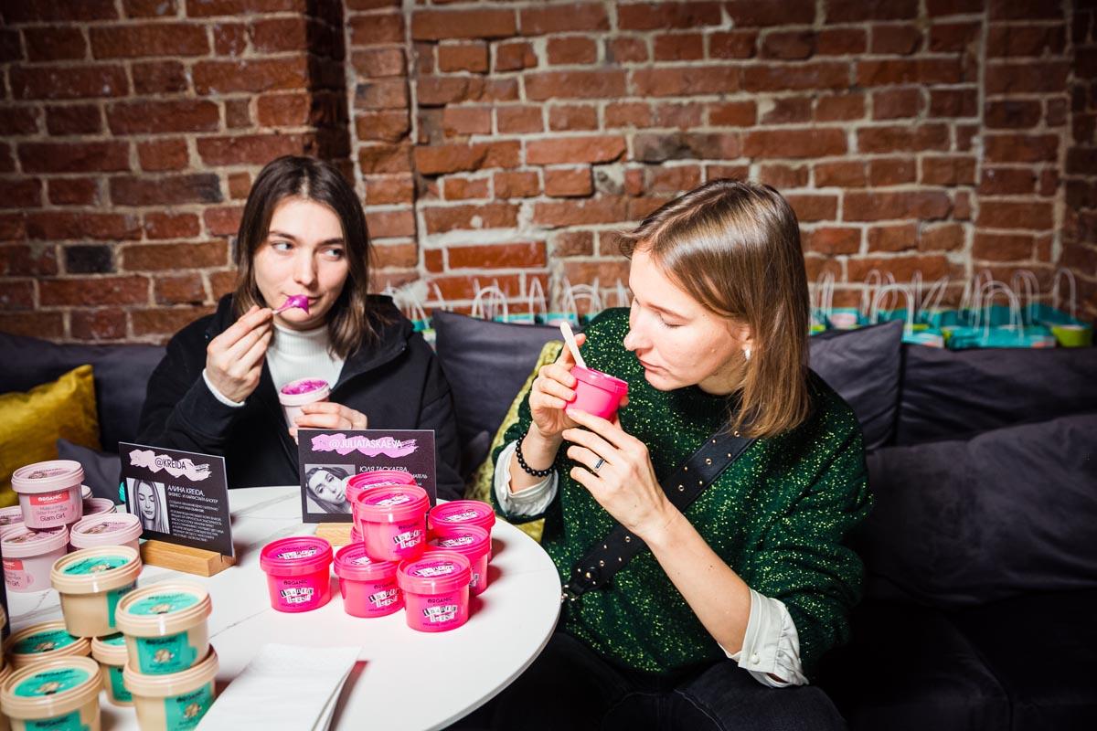 organic kitchen bloggers