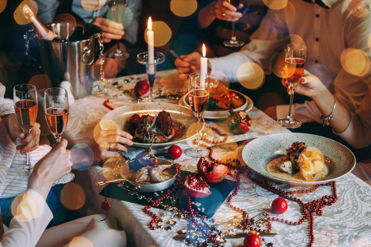 novogodnii stol