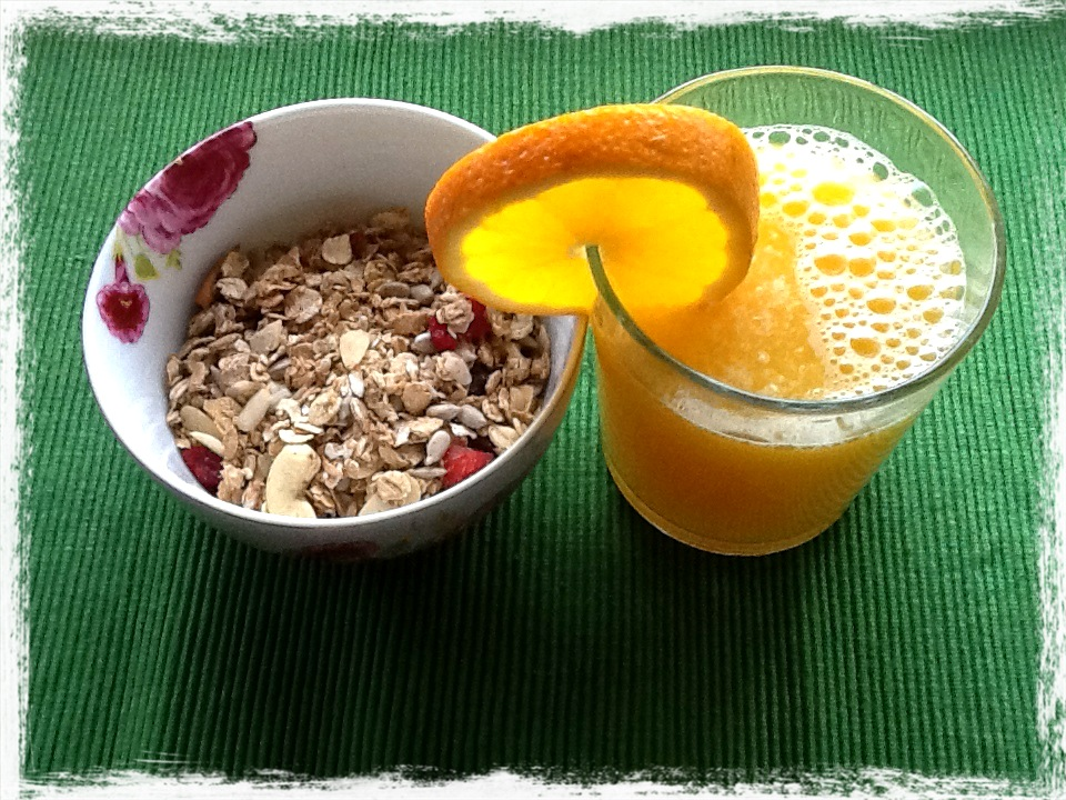 granola and vitamin c idea couple