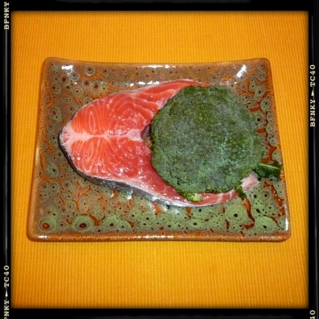 salmon and broccoli ideal couple