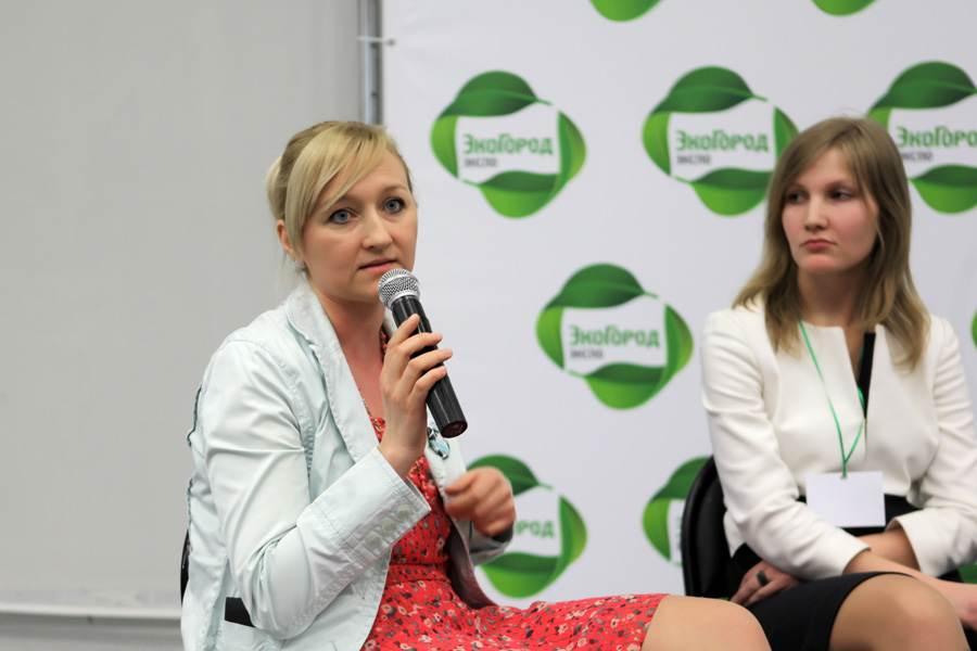 Слева направо: Оксана Ицкова, Екатерина Матанцева