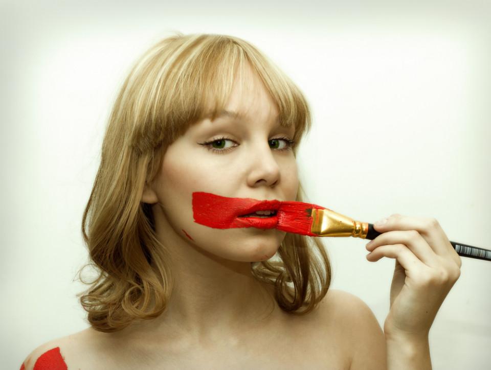 губная помада из чего состоит