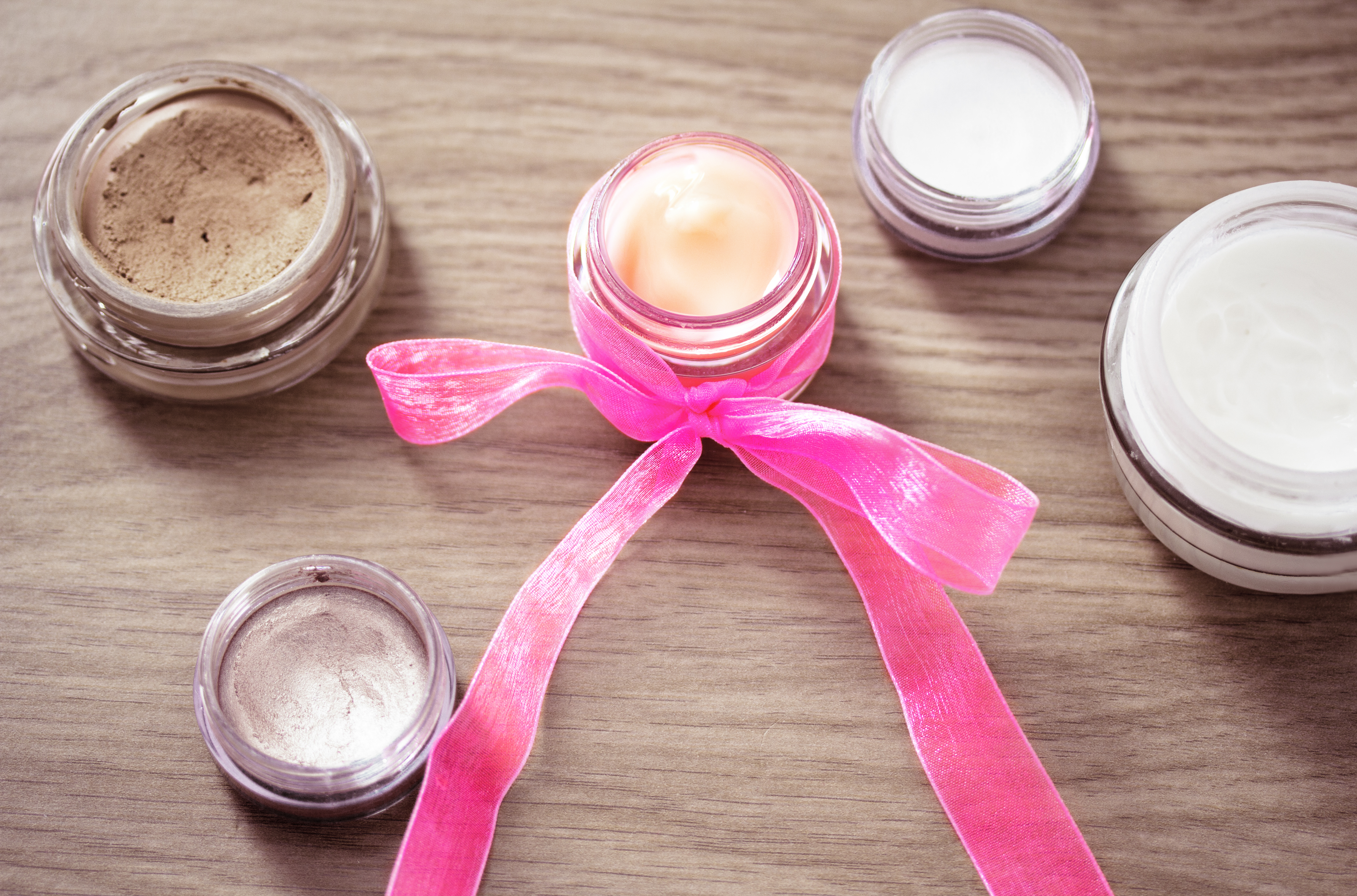 cosmetics pink boxes