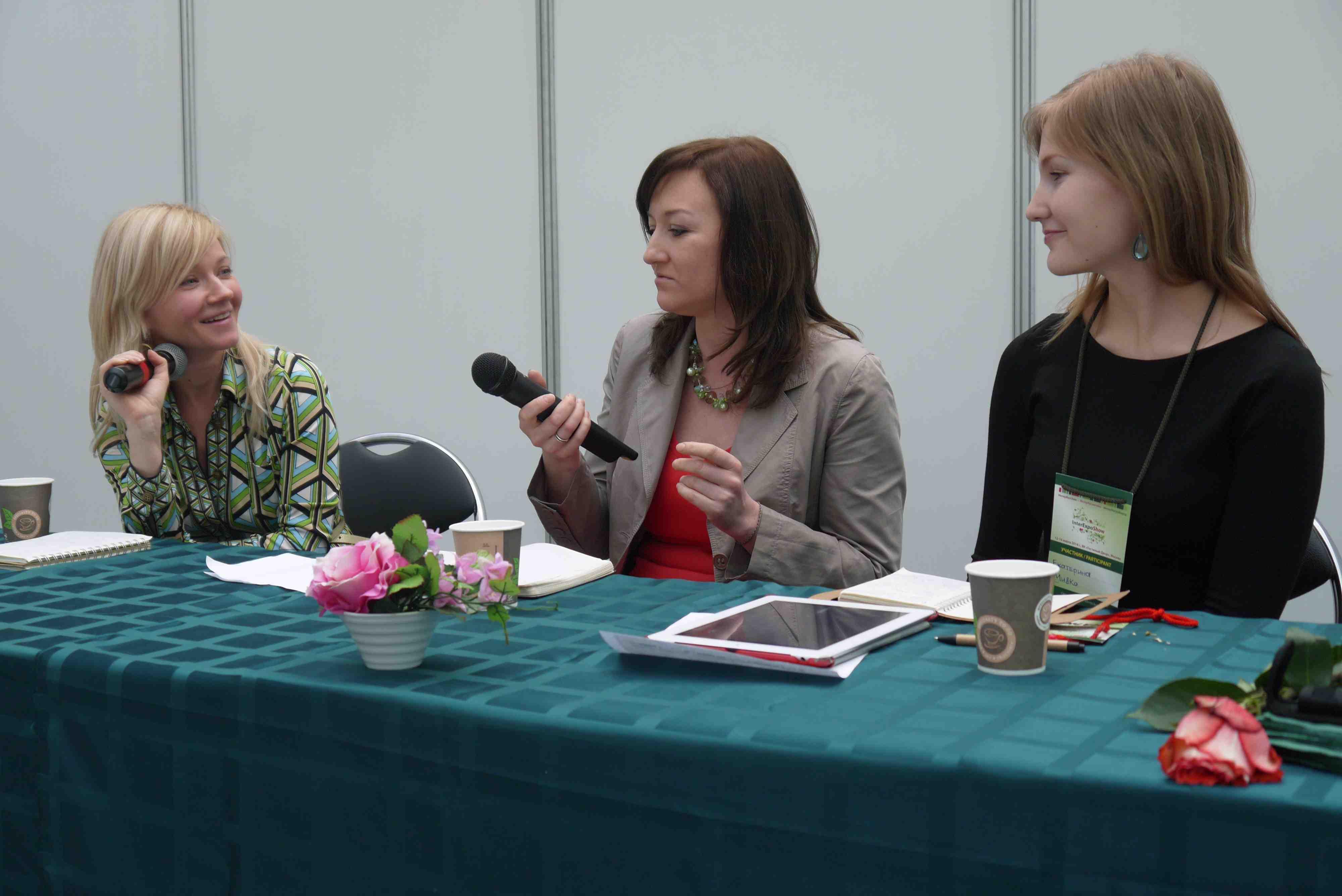 Слева направо: Татьяна Лебедева (LookBio), Оксана Ицкова (Botanicalife), Екатерина Матанцева (МиКо)
