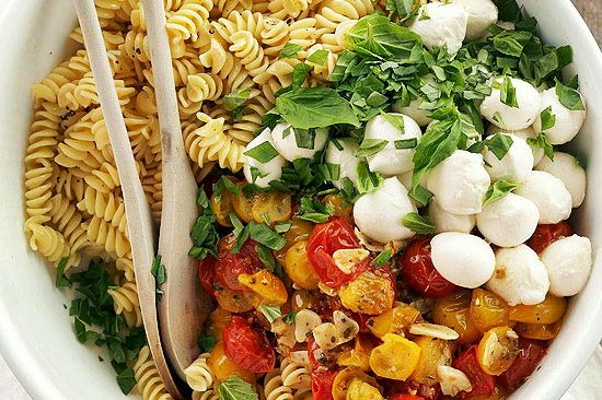 Весенние быстро-ужины (рецепты ниже). Фото взято из блога Smart Cookie.