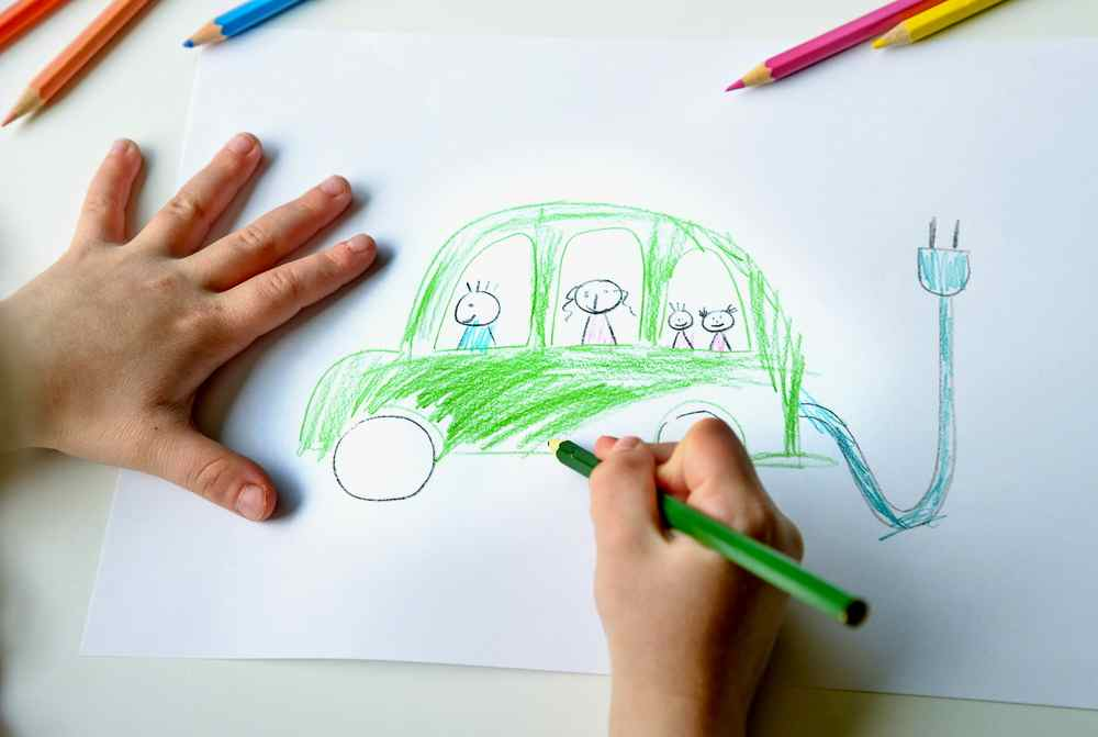 News digest electro car child drawing picture