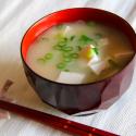 Суп мисо широ на основе пасты мисо