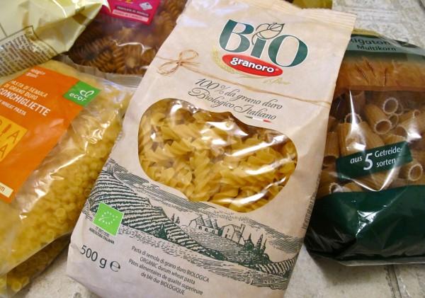 Organic pasta packed 10