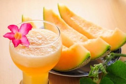 Cantaloupe-Craze-Smoothie1