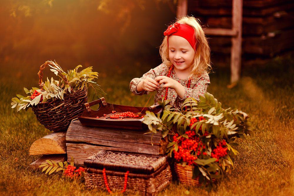 autumn craft girl