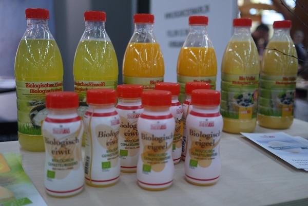 Датские органические яйца в бутылках