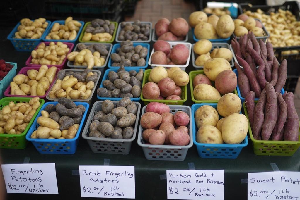 farmer market kartoshka