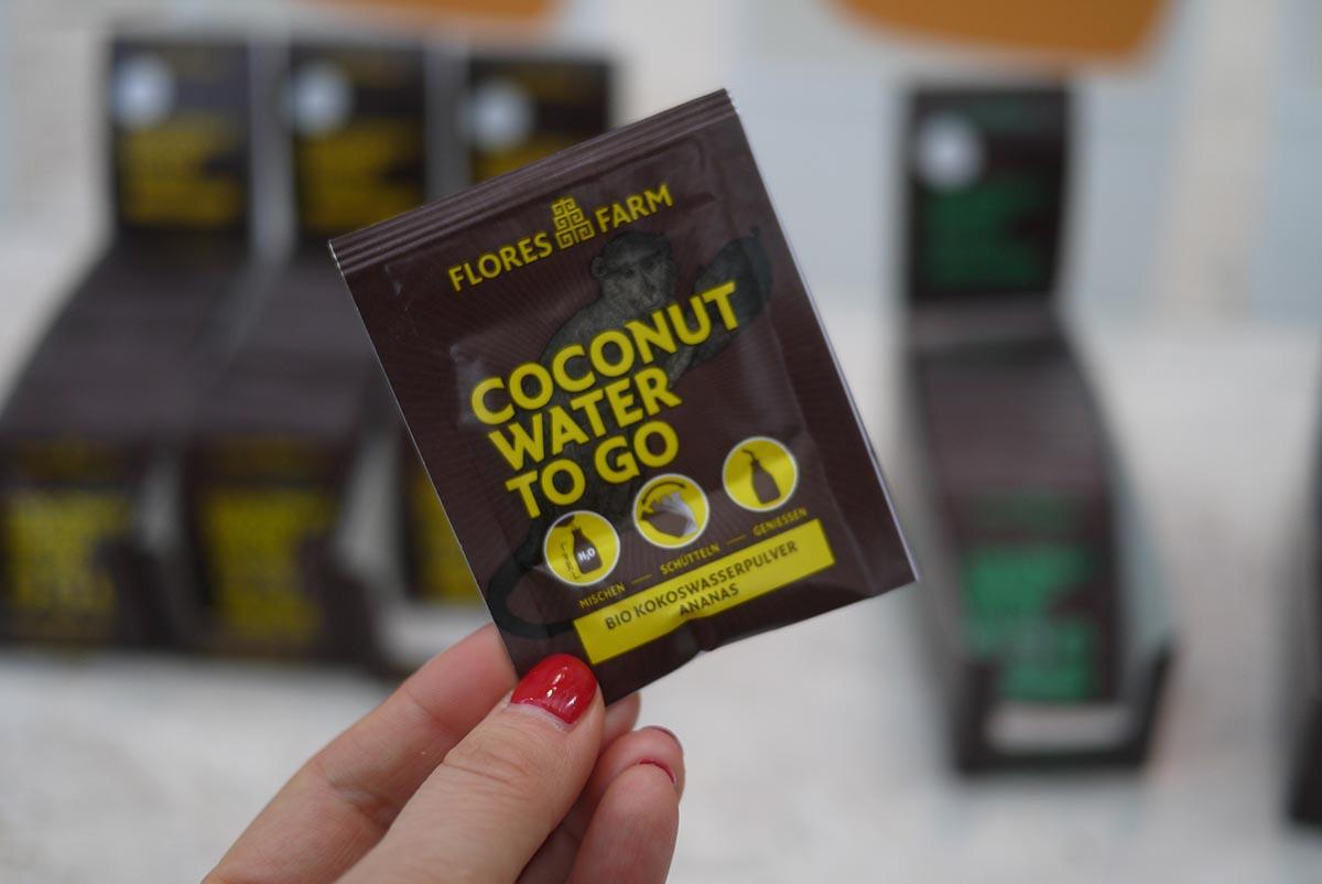 Кокосовая вода: Просто добавь воды