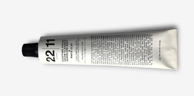 Очищающая крем-маска для лица 2 в 1 DANDELIAN ROOT & WHITE CLAY. Фото: http://2211cosmetics.com/