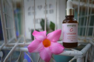 levrana vitamin c serum