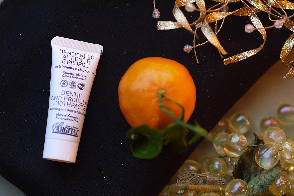 kosmetichka lookbio argital zublnaya pasta