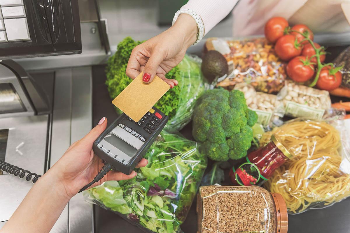 buying-food