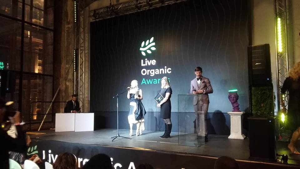 Татьяна Лебедева и Анна Белая на сцене Live Organic Awards
