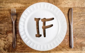 intermittent fasting golodanie tarelka vilka nozh