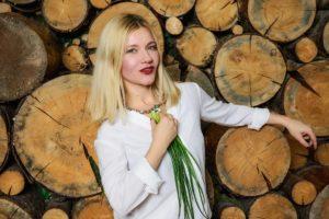 tatiana lebedeva lookbio redactor