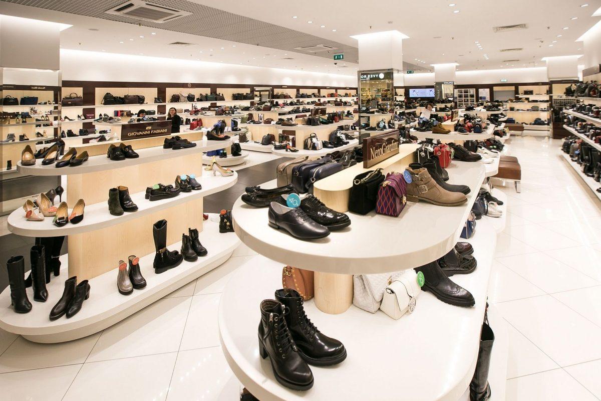 ad7aa32f0 Старую обувь теперь можно сдать в Rendez-Vous | LookBio Журнал для ...